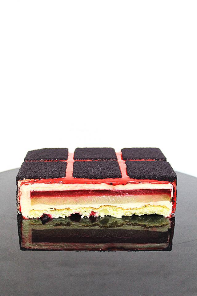 Торт с девушкой и парнем фото 7